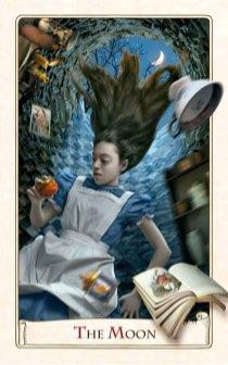 """Tarotkaart """"De Maan"""" (uit het tarotdeck """"Alice in Wonderland"""")"""